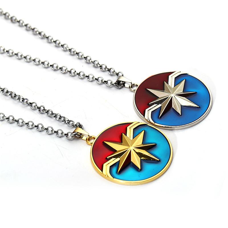 [해외]새로운 대위 놀라운 일 목걸이 금속 동전 방패 어벤저 스 링크 체인 펜던트 목걸이 남자 팬 선물 기념품 패션 쥬얼리/New Captain Marvel Necklace Metal Coin Shield The Avengers Link Chain Pendants Ne