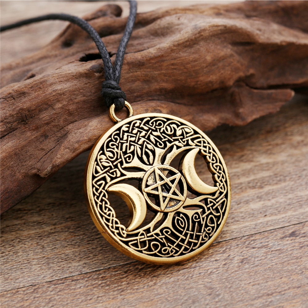 [해외]Dawapara Triple Moon Goddess Wicca Pentagram Magic Amulet Necklace Women tree of life moon necklaces pendants vintage jewelry/Dawapara T