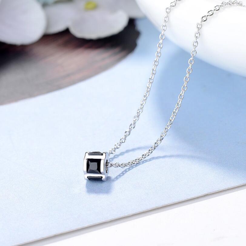 [해외]럭셔리 AAA 입방 크리스탈 라인 석 목걸이 아름 다운 빈 밖으로 실린더 목걸이 크리스탈 펜 던 트 목걸이 보석 여성을위한/Luxury AAA Cubic Crystal Rhinestone Necklaces Beautiful Hollow Out Cylinder N