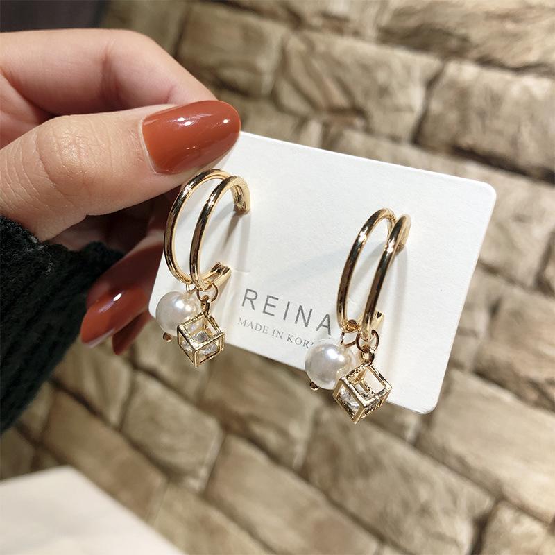[해외]Simple Geometric Earrings For Women Accessories Female Exaggerated Simulated Pearl Earrings For Party Wedding Gift Ear Jewelry/Simple Geometric Ea