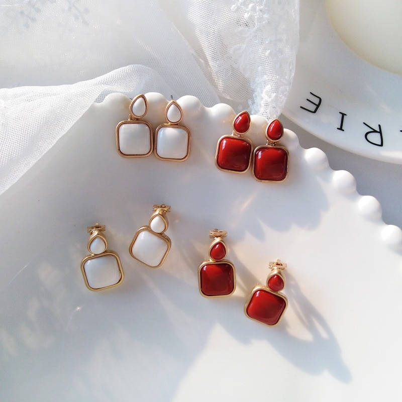 [해외]Red Square Stone Clip on Earring No Pierced Vintage Palace Geometric Water Drop Resin Crystal Ears Clip Earring Without Piercing/Red Square Stone