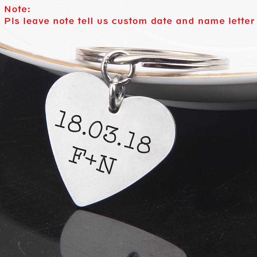 [해외]사용자 정의 새겨진 이름 초기 편지 및 커플 남자 친구 발렌타인 데이 선물 키 체인 패션 쥬얼리 남자 여자 키링/Custom Engraved Name Initial Letters And Date For Couples Boyfriend Valentine Gifts