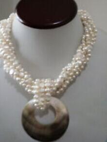 [해외]스트랜드 화이트 교양 된 민물 진주 목걸이 큰 어머니 진주 펜 던 트/Strands White Cultured Fresh water Pearl Necklace Large Mother of Pearl pendant