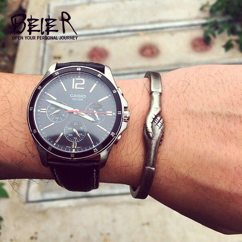 [해외]유럽과 미국 원래 조류 브랜드 남성 패션 오프닝 팔찌 여성 티타늄 강철 부부는 악수 LBRG - 022/Europe and the United States original tide brand male fashion opening bracelet female ti